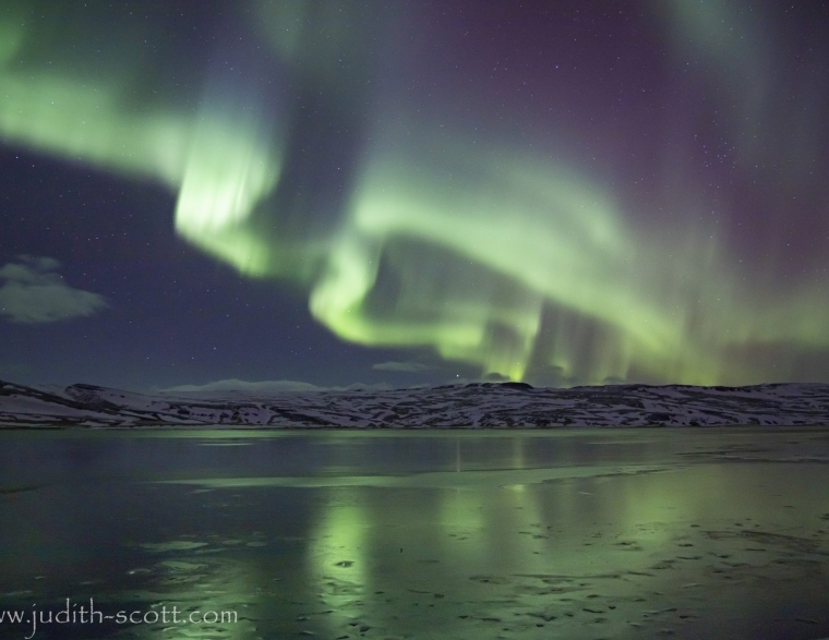 Seeing the aurora borealis or northern lights in Iceland